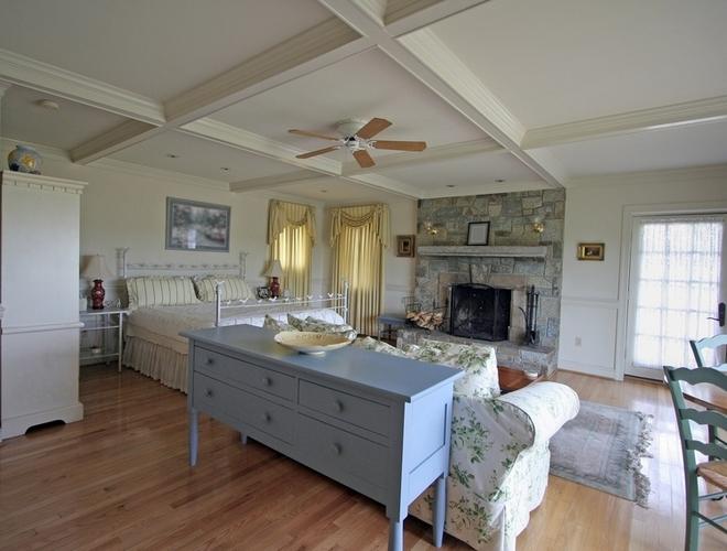 d co maison de famille. Black Bedroom Furniture Sets. Home Design Ideas