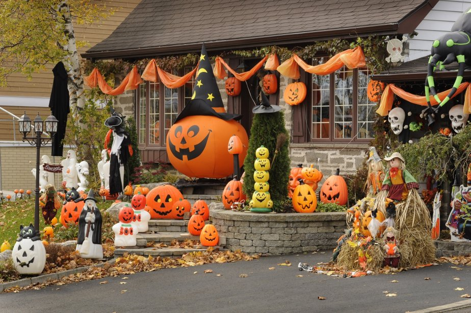 Maison Decoree Pour Halloween