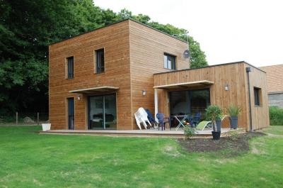 maison en bois prix perfect petite maison moderne m toit
