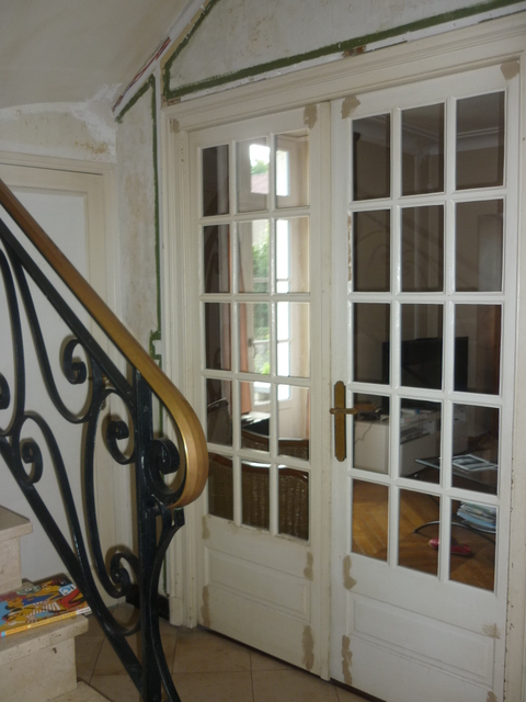 amenagement cage escalier amenagement cage d escalier rnovation escalier et ides de dcoration. Black Bedroom Furniture Sets. Home Design Ideas