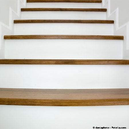 Deco escalier bois peint - Deco escalier bois ...
