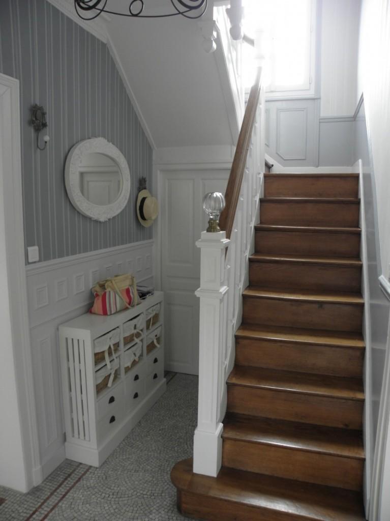 deco escalier entree. Black Bedroom Furniture Sets. Home Design Ideas
