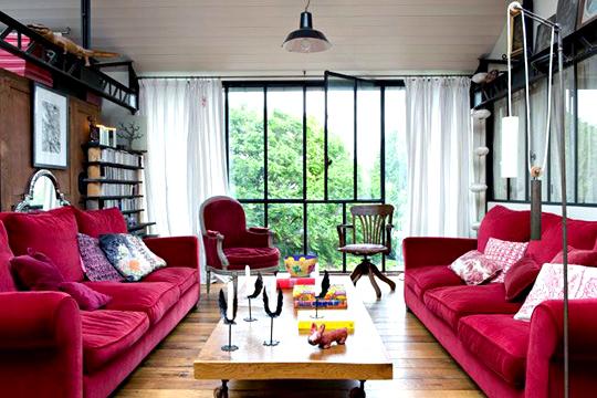 Deco salon fauteuil rouge - Decoration salon rouge ...