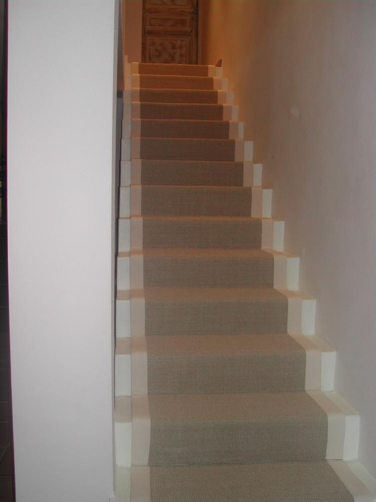 deco tapis escalier. Black Bedroom Furniture Sets. Home Design Ideas