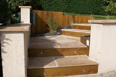 Decoration escalier exterieur for Escalier terrasse exterieur jardin