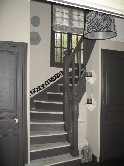 Deco escalier gris for Decoration escalier