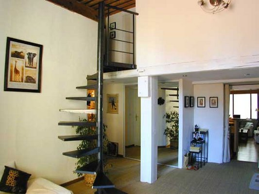 Decoration escalier interieur maison - Exemple escalier interieur ...