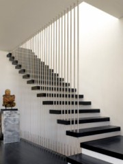 decoration escalier interieur maison. Black Bedroom Furniture Sets. Home Design Ideas