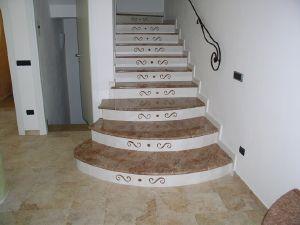 decoration escalier marbre. Black Bedroom Furniture Sets. Home Design Ideas