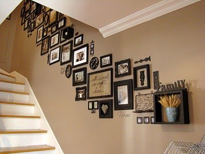 decoration mur escalier interieur. Black Bedroom Furniture Sets. Home Design Ideas