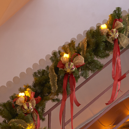 organisation decoration rampe escalier noel
