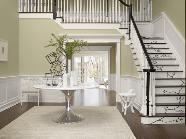 belle decoration salon avec escalier