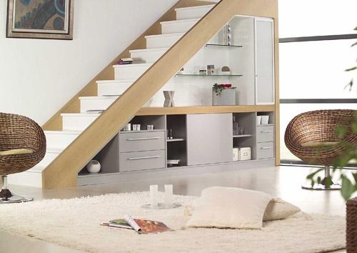 Photo decoration salon avec escalier