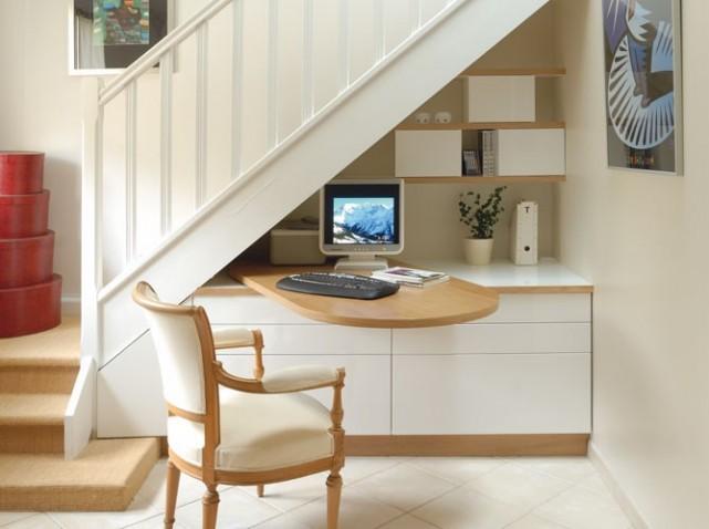 decoration sous escalier. Black Bedroom Furniture Sets. Home Design Ideas