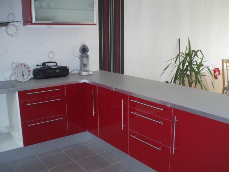 cuisine rouge de chez ikea. Black Bedroom Furniture Sets. Home Design Ideas