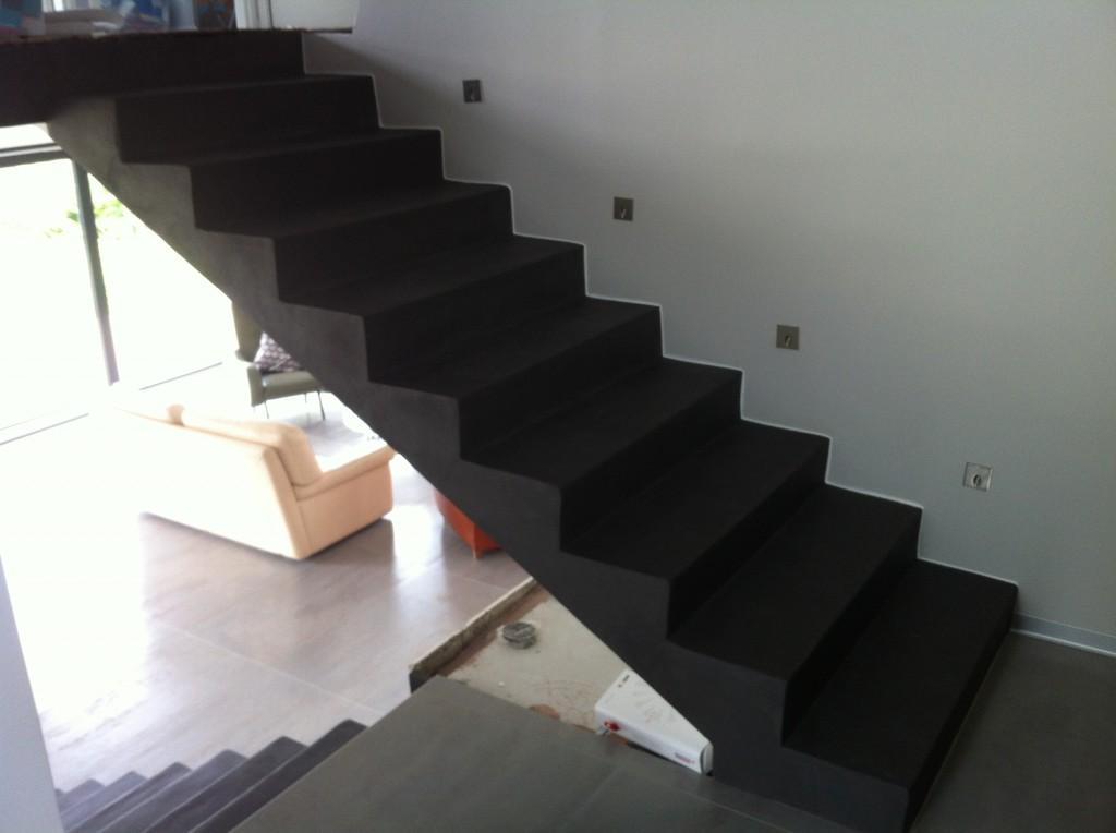 Deco dun escalier en beton - Beton cire sur escalier beton ...