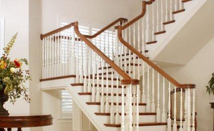 univers deco escalier bois