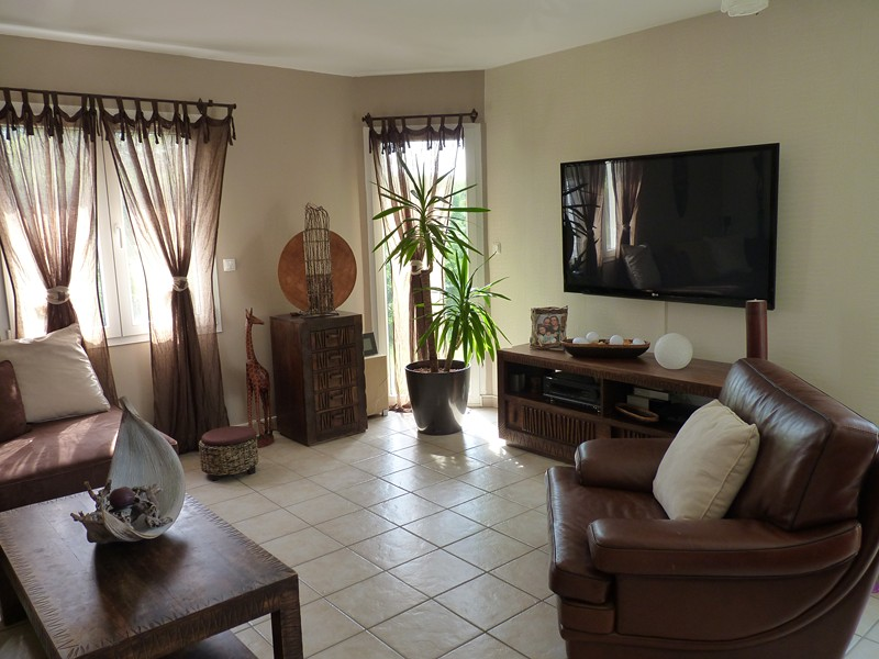 deco salon ethnique chic. Black Bedroom Furniture Sets. Home Design Ideas