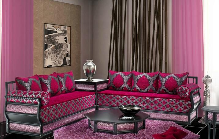Deco salon fushia for Decoration maison fushia