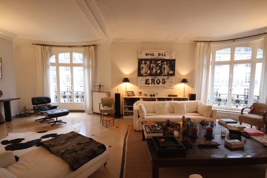 décoration salon noir et beige