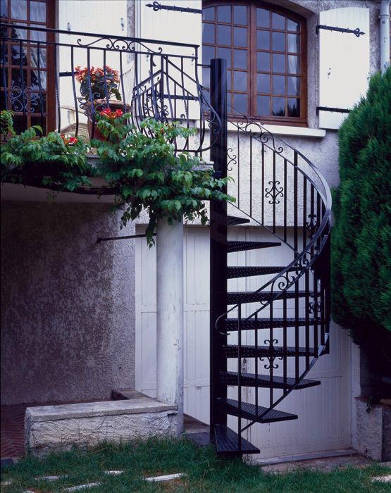 escalier de maison exterieur gallery of escalier de maison exterieur with escalier de maison. Black Bedroom Furniture Sets. Home Design Ideas