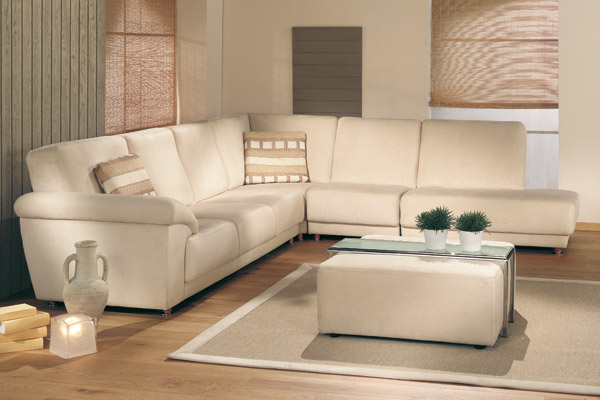Decoration salon blanc beige taupe for Deco salon beige et blanc