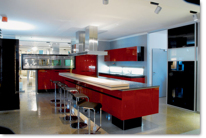 Cuisine rouge ilot central for Amenagement ilot central cuisine