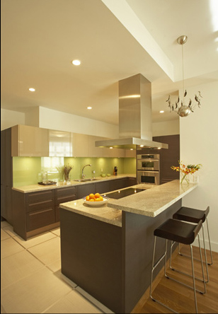 Cuisine verte et taupe for Cuisine blanche et mur taupe