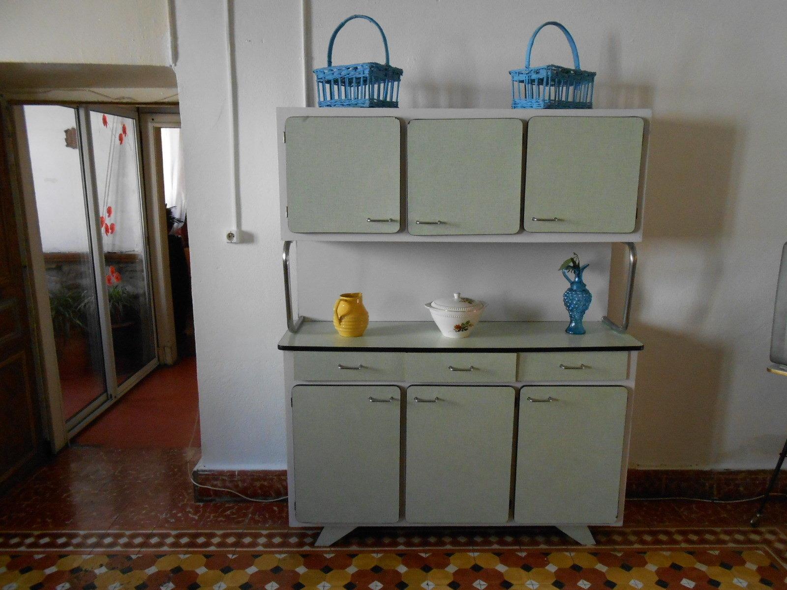 Mobilier Cuisine Vintage. Cool Table De Cuisine Vintage En Formica ...