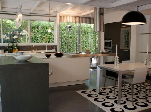 deco cuisine table haute. Black Bedroom Furniture Sets. Home Design Ideas