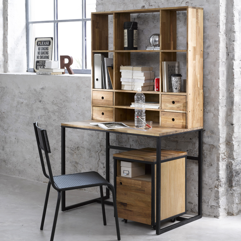Photo decoration d co bureau style industriel for Chambre style atelier industriel