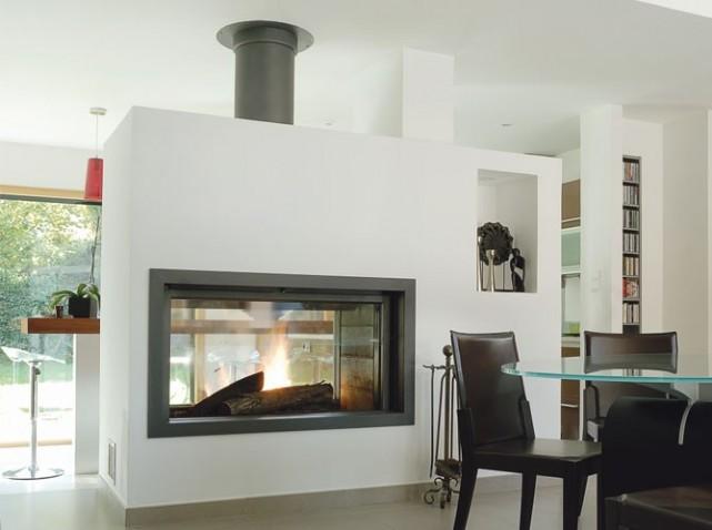 cheminee interieur maison style maison decorer votre interieur entree ou couloir moderne salon. Black Bedroom Furniture Sets. Home Design Ideas