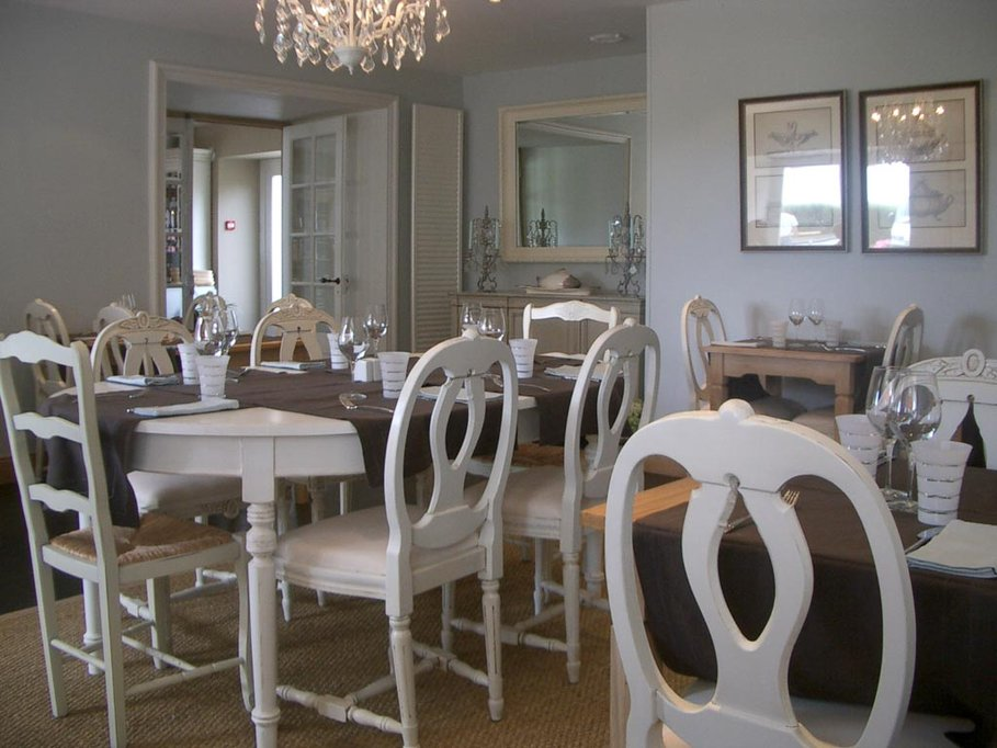 Best Salle A Manger Beige Et Blanc Gallery - Awesome Interior Home ...