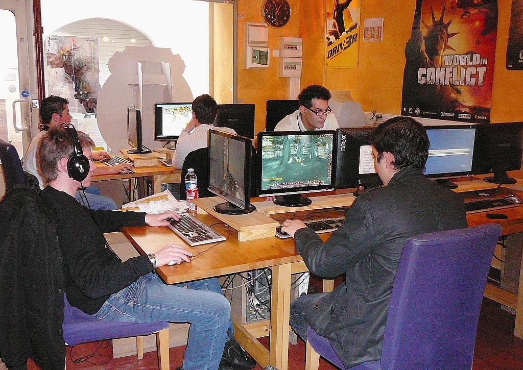 décoration salle de jeux video