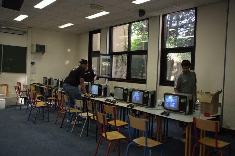 D coration salle de jeux video for Decoration video