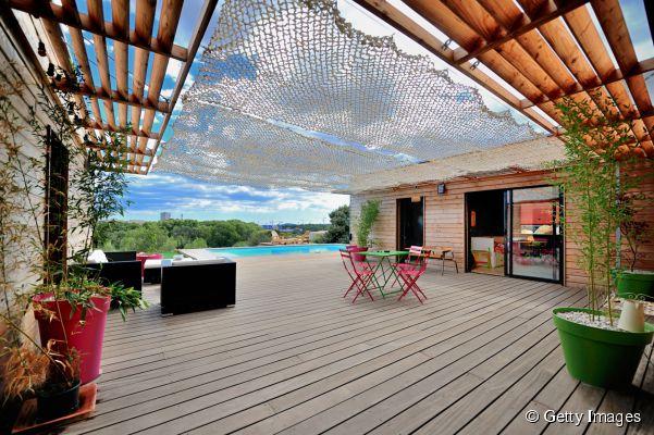 rideau terrasse rideau terrasse with rideau terrasse best ides de pergola avec rideaux moderne. Black Bedroom Furniture Sets. Home Design Ideas