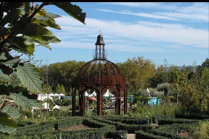 Salle De Bain Art Et Decoration : photo-decoration-decoration-jardin-en-fer-forge-11.jpg