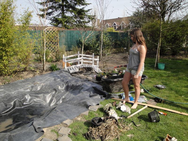decorer son jardin avec des galets dcoration jardin avec. Black Bedroom Furniture Sets. Home Design Ideas