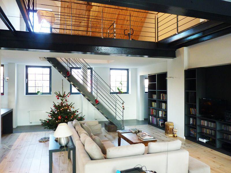 mezzanine dans salon bu56 montrealeast. Black Bedroom Furniture Sets. Home Design Ideas